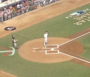Standing ovation for Derek Jeter!  Class Act!